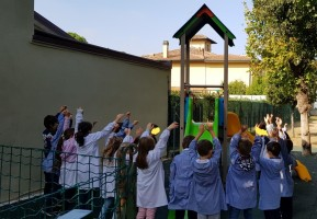 Nuovo castello con scivoli per il giardino (settembre 2019)