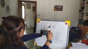 Maestra Claudia al lavoro